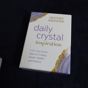Dairy crystal オラクルカード到着。
