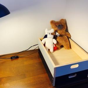 リビングのカウンターデスクを整理!収納用のスタッキングボックスを購入しました