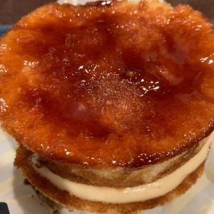 ローソンから新発売!その名もブリュレパンケーキ!
