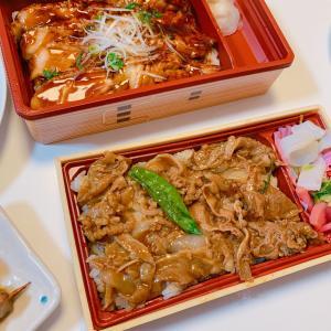 #牛カルビ丼 や #とろサーモン など #お弁当 #今日の晩ご飯 #今日の夕飯 #晚餐