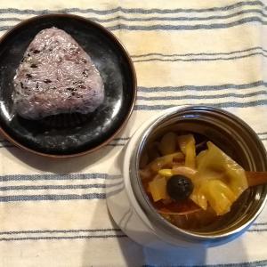 ひとり昼 蛸のトマトオリーブ煮スープ
