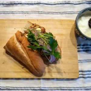 ひとり昼 焼き肉サンド