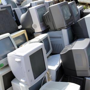 【必見】古いパソコンを無料で処分できるサービス!
