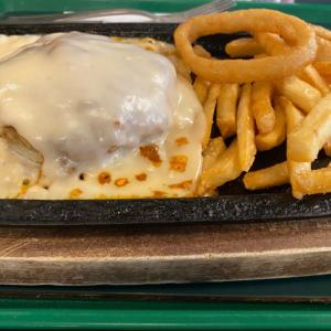 ラッキーピエロのチーズハンバーグステーキ