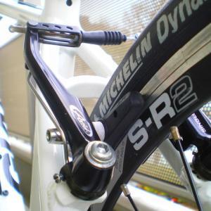 クロスバイク ブレーキワイヤー 交換 ブレーキアウターケーブル交換