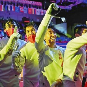 【五輪】フェンシング快挙なのにフジ中継終了 表彰式見られずネットで不満うずまく「やらないとかまじか」★4