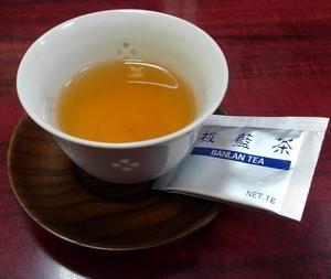 インフルエンザの予防に板藍茶をどうぞ