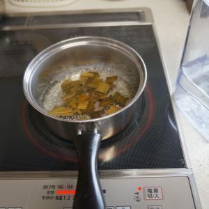 枇杷の葉のお茶