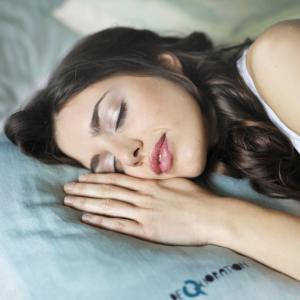 最高の睡眠をするためのナイトルーティーン