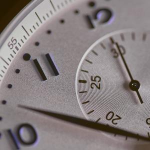 時間がないは言い訳にすぎない。無駄な時間を減らせば時間は作れる。
