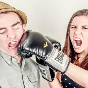 怒りはコントロールできる!?アンガーマネジメントについて解説