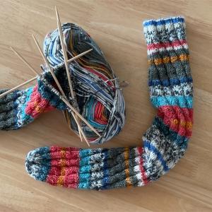 季節はずれの編み物🧶スパイラルソックス🧦 その後