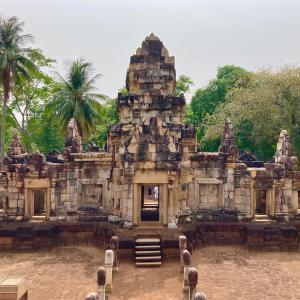 タイ東部にあるクメール遺跡【サドックコックトム】(サケーオ県)