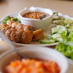 野菜補給にはベトナム料理もいい(タラートプルー)
