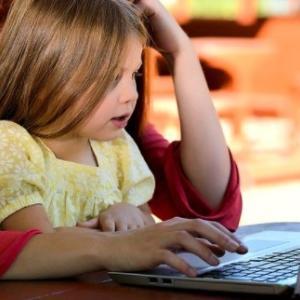 子供のメールアドレスを取得する方法を紹介します