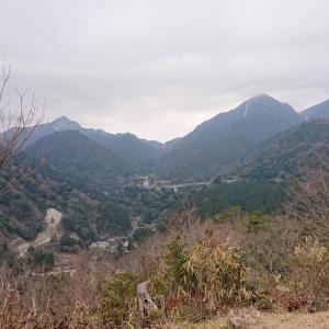 三重県菰野富士はきのこの山だけど謎すぎる