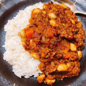 チリコンカンアレンジ、超簡単で美味しい豆キーマカレーレシピ。