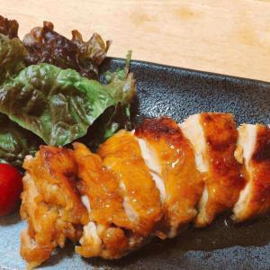 調味料3つで覚えやすい、照り照りツヤピカ「万能照り焼きのタレ」レシピ。