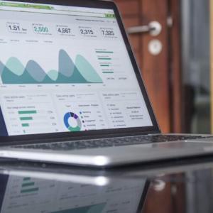 ETFとインデックス投資信託の手数料比較