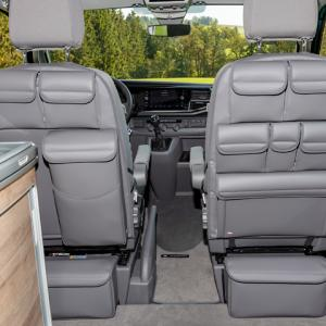 車内用品 その3 シート背面収納 (Brandup)