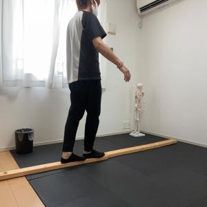 前庭をトレーニングして感覚統合を改善するエクササイズ