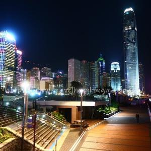 <香港:金鐘>ビクトリア湾の夜景を眺めながらお散歩 ~添馬公園Tamar Park~
