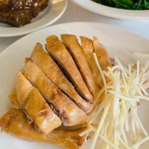 高雄の「聰明鴨肉店」は清潔さと鴨料理が人気!