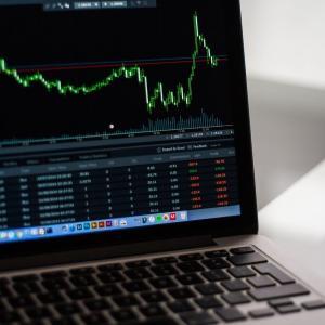 米国株からは一時撤収、日本株ベアETFで損失カバー