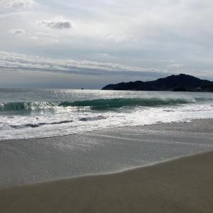 台風前の脇岬ビーチ