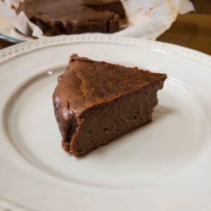 WITH THE STYLEのバスクチョコレートチーズケーキを作ってみた