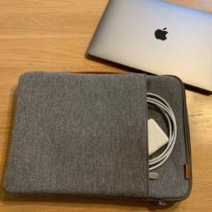 【衝撃吸収】InateckキャリングケースをMacBookAirに【徹底レビュー】