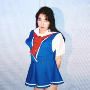 スカートが短すぎるの… 変[HEN]ドラマ版制服のコスプレその2