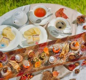 【2021年最新】秋やマロンがテーマのアフタヌーンティー、ビュッフェが楽しめるホテル・レストラン