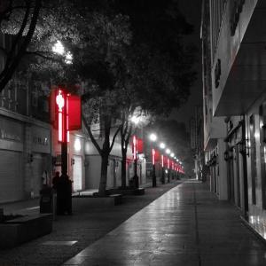 夜の江漢路歩行街