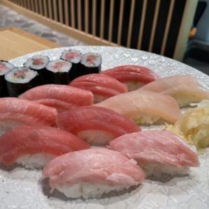 お寿司が好きな人も肉寿司が好きな人も必見!『Tommy's Sake Bar』