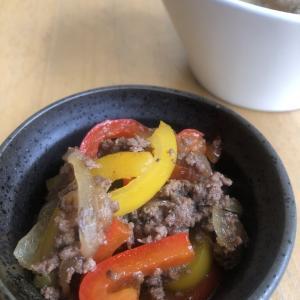 パプリカと牛ひき肉のオイスターソース炒め