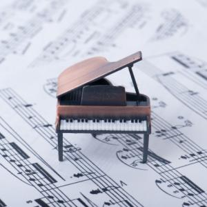 自分の子供にピアノを教えることは可能?自宅レッスンを始めて思うこと。
