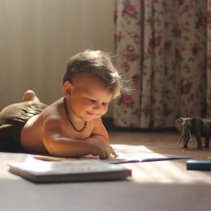 注文住宅の打ち合わせ中に子供の対応をどうするか考える話(おもちゃ・amazonビデオ)