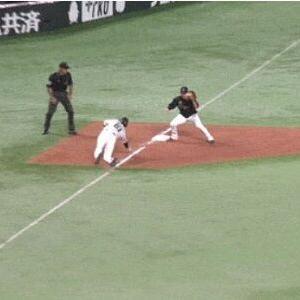 ソフトバンク上林誠知、走塁ミスで勝ち越しチャンス消え首位ロッテに引き分け