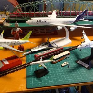 Nゲージと航空機模型