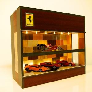 2層・木レンガ貼り・照明12灯タイプ・ディスプレーBOX / 床・天井にLED照明付/トミカ14台収納可能、SNSなどにも最適