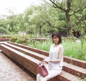 二宮真紀子:何歳だと思いますか?超S級美人な妊娠線無しのスレンダー熟女、美魔女好きは必見です!