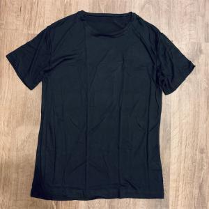 夏服に困ったらファミマで黒Tシャツを買え!