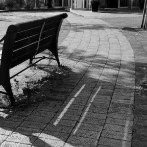 ふと寂しさや不安におそわれるのはなぜか?【存在への執着】