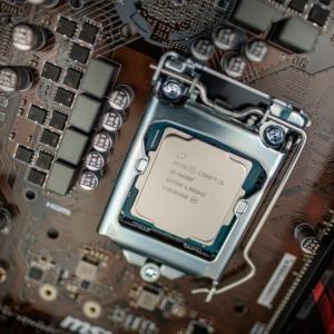 CPUの選び方【ゲームPCや動画編集など用途別】
