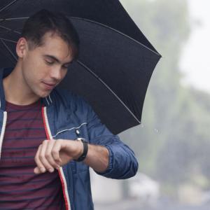 【コスパ重視】メンズ、おしゃれな安い傘・おすすめ6選