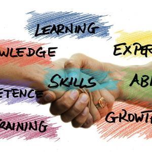 官僚や公務員が強み・経験を活かせるおすすめの転職先|実際の転職先もshare