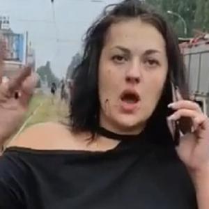 [動画1:09] 事故を起こした女、まったく反省していない