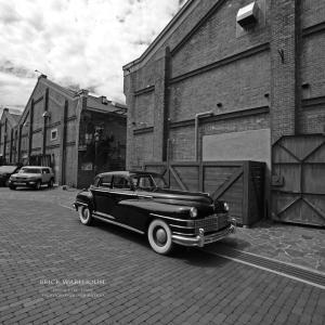 大阪 赤レンガ倉庫 「ここに来れば車が好きになる・・・♪」