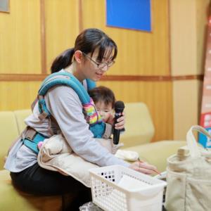 【ヒトカラ】子連れで一人カラオケはあり?一人専用ブースは利用できる?